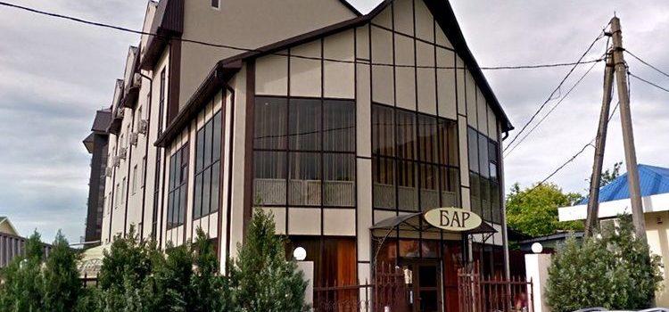 Бар-ресторан «Аква Вита» в Небуге